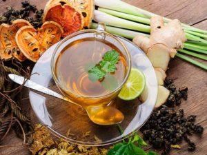 8 видов травяного чая перед сном для избавления от бессонницы