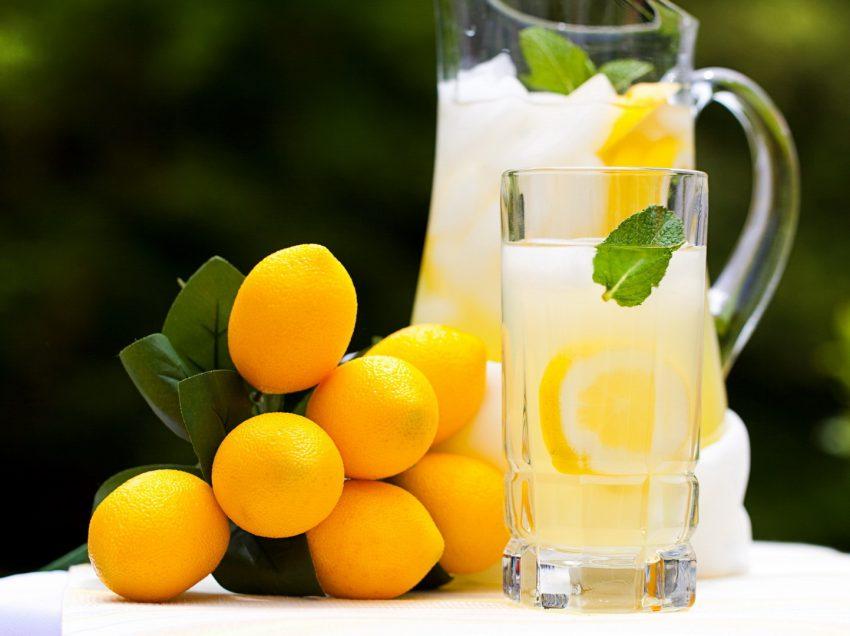 8 полезных эффектов воды с лимоном для ребенка