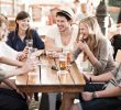 Польза для здоровья от общения с друзьями – ключ к счастью!