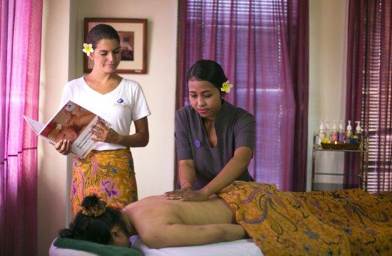 jamu postnatal massage