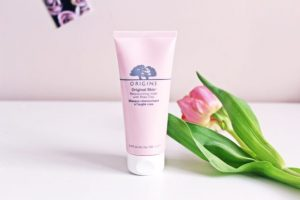 Origins Revitalizing Mask with Burning Pink Clay